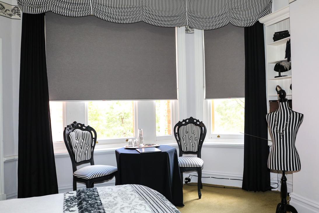 Black & White Room