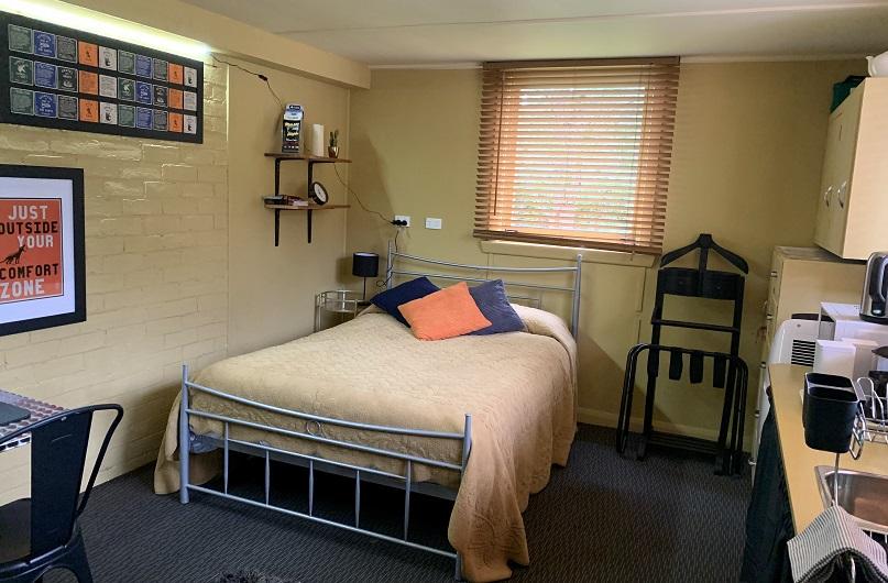 Penghana's Studio Accommodation